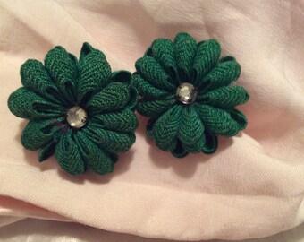 Fabric earrings screw back Silvertone vintage 50s bric-a-brac floral