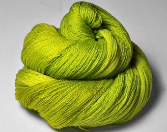Drunken acorn bloom  - Merino/Silk/Cashmere Fine Lace Yarn