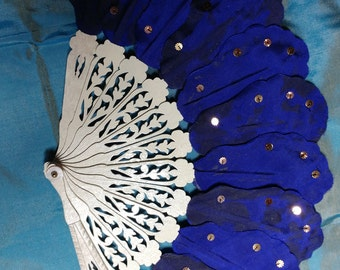 Reproduction silk leaf fan, Blue with spangles