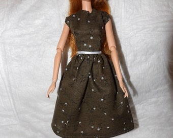 Olive green dress with tiny stars for Fashion Dolls - e946
