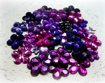 50 Mixed Flat Back Flower Rhinestones Acrylic Gem Flowers for Scrapbooking Cards Mini Albums and Papercrafts Jewelry DIY