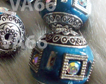 Vintage Look DIY Detailed Beads Greenish Blue Silver Color 18mm 4p with details, Crystal AB Rhinestones Through hole for jewelry making