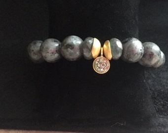 Larkavite (Labradorite) Stretch Charm Bracelet