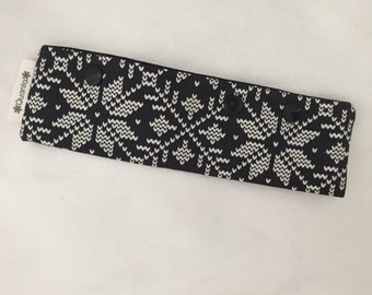 "Black and White Nordic Knitting Snowflake  Double Pointed Needle Case--Fits up to 7"" DPN knitting"