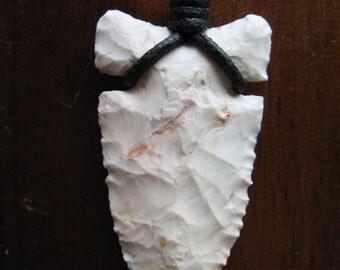 Flint Knapped chert  arrowhead pendant necklace.  Native inspired.