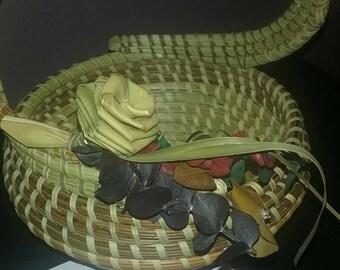 Charleston Sweetgrass Gullah S-handle Basket