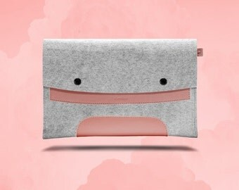 20%OFF Macbook Air 11 inches. Pink Leather & Light Grey Wool Felt.