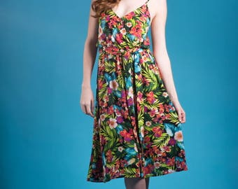 Social Butterfly Dress in Tropical Floral Print w/ Scarf Belt - Made in the USA - Tiki Luau Vintage Retro Beach Cruise Vacation