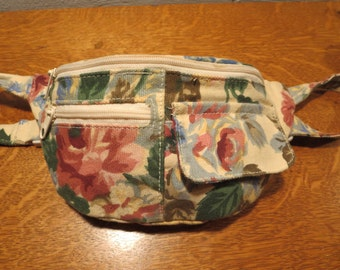 Vintage Retro Floral Fanny Pack by Carpetbags of America