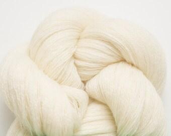 Cream Recycled Extra Fine Grade Merino Weight Yarn, EFM00081