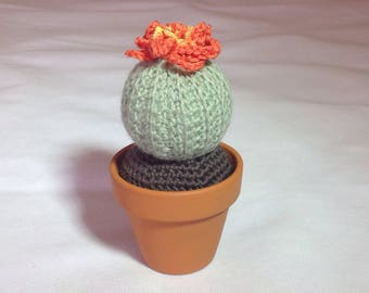 Crochet cactus plant in 7cm ceramic pot