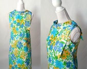 Vintage Retro 1960s Floral Summer Shift Dress, Medium Size