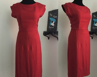 Candii Apple // 1950s Red Silk Blend Wiggle Pencil Dress