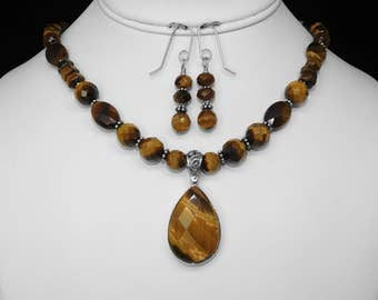 Tiger's Eye Necklace and Earring Set in Silver, 17""