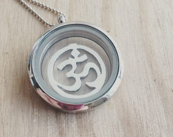 namaste, yoga, ohm,om...floating locket