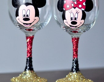 Mickey and Minnie Mouse Disney Wine Glasses