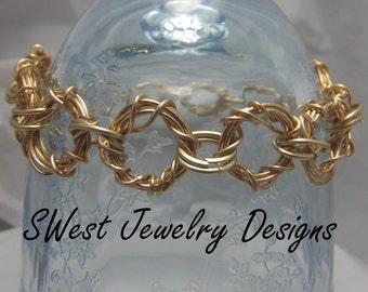 Twisted Rings Bracelet