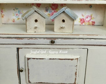 Dollhouse 1:12 Miniature Shabby Vintage Style Handpainted Bird House