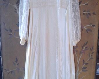 70s Gunne Sax cream satin and lace maxi prairie / boho wedding dress