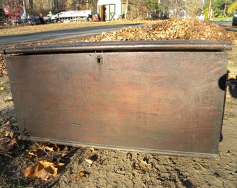 good shape solid strong late 1800s early antique primitive large dovetail wooden tool box BLANKET CHEST box trunk   pick up only