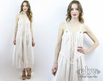 White Nightgown White Nightie Lace up Lingerie Vintage Victoria's Secret 90s Gown Sleepwear White Lace Nightgown Country Floral Dress M L