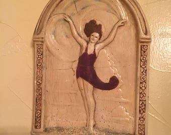 Beautiful decorative plaster piece, dancing lady