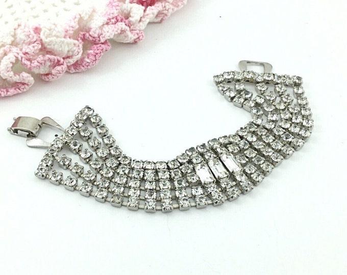 DAZZLING Vintage 5 Row Rhinestone Bracelet, Diamond like Rhinestones, Wide Sparkly Bracelet. Unsigned Weiss. Wedding bracelet. Baguettes.