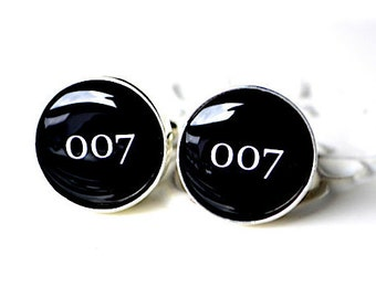 007 cufflinks - groom and groomsmen cuff link wedding accessories black and white classic font - mens jewelry