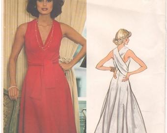 1970s - Vogue 1192 Vintage Sewing Pattern Size 6 Bust 30.5 Couturier Design Belinda Bellville Gown Dress Sleeveless Criss Cross Maxi V Neck