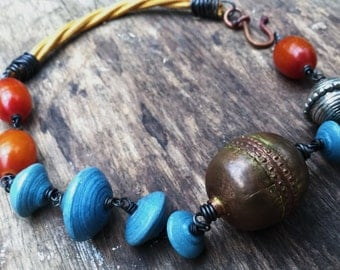 Big copper bead, African amber and blue bead choker necklace | Copal amber, African copper bead, choker necklace, orange amber, boho tribal