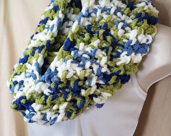 White Green Blue Chenille Crochet Infinity Circle Scarf Neckwarmer