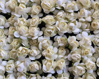 Set of 24 white Mulberry Paper Roses
