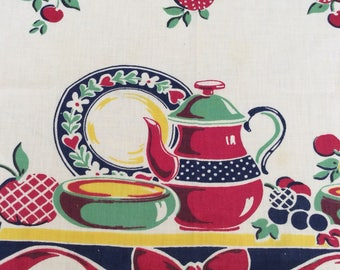 1940s Vibrant Tablecloth