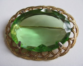 Large Faux Peridot Goldtone Brooch.Our Ref 263.