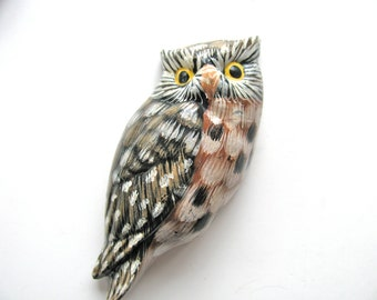 Owl magnet, painted wood, 3 inches by 1 and 1 qtr inch, black, white, tan, vintage item