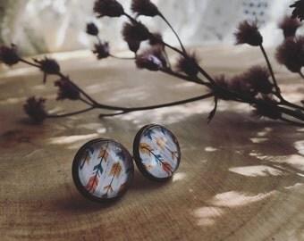 KATNISS arrow pattern earring glass nickel free stud