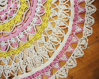 """31"""" Round Crocheted Doily  Vintage  Ivory Pink Yellow"""