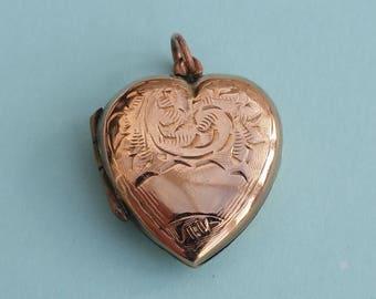 9ct Gold Vintage Heart-shaped Locket. 9K Back and Front Heart Pendant