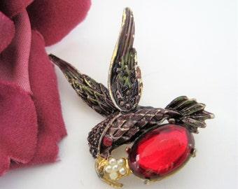 Jelly Belly Hummingbird Pin - Faux Pearl - Brown Enamel - Red Rhinestone Eye  Brooch Pin