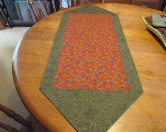 Table Runner in fall colors