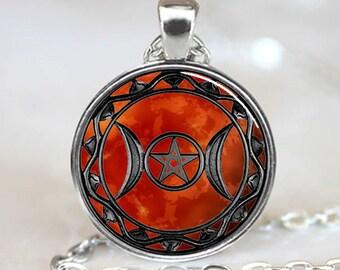 Mars Triple Moon Goddess Pendant, Triple Moon Goddess Necklace, Triple Moon Goddess Jewelry,  Triple Moon Goddess Charm, Silver (PD0615)