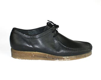 Clarks Wallabees Shoes - Moc Toe Size 12 Mens Black Leather Lace Up Leather Lining Rubber Sole Derby Oxfords Minimalist Casual Moccasin