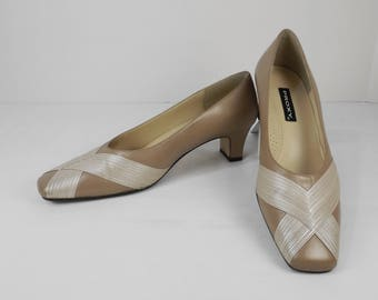 PROXY Taupe and Oyster Pumps Size 7-1/2 M 7.5 M