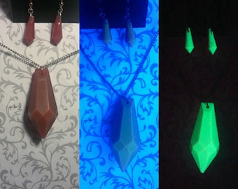 Blood Orange Atlantian Crystal Necklace and Earring Set // Glow-in-the-Dark