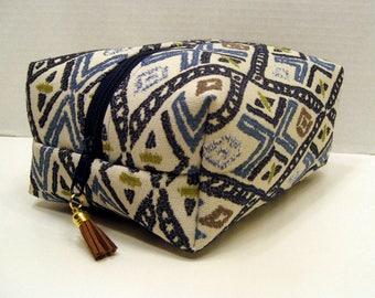 Blue Geometric Print Boxy Bag, Cosmetic Bag, Boxy Pouch, Travel Bag, Bag Organizer, Toiletry Storage Bag, Zipper Pouch, Makeup Bag,