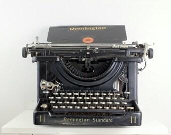 Vintage Working Typewriter - Remington Standard No. 11 Desktop Typing Machine Made in 1919 RV96362