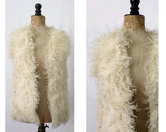 1970s Curly Hair Vest  70s lamb fur  waistcoat /70s mongolian fur vest