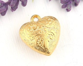 Floral Etched Gold Heart Pendant, 22k Matte Gold Plated, 1 piece // GP-483