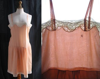 Lingerie Vintage 1920's, nightgown, slip dress, rompers, silk rayonne peach color , lace off-white.