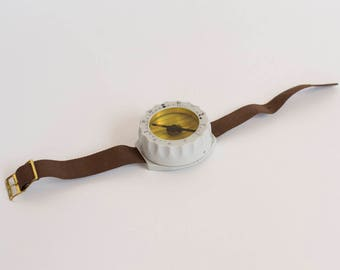 Vintage Wrist Compass, East Germany (DDR) Wrist Compass, Handheld Wrist Plastic Compass